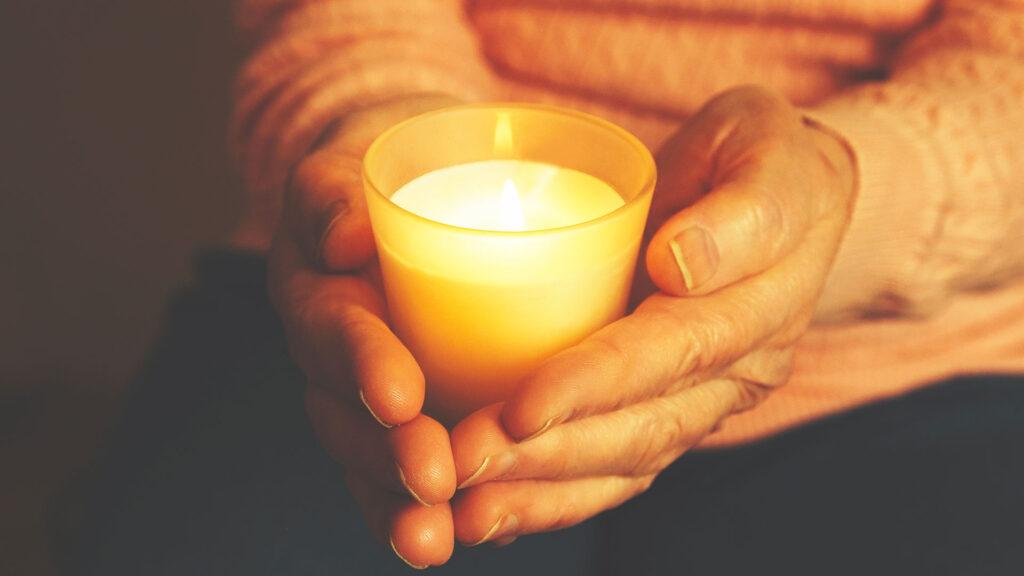 Un contrat obsèques permet de payer ses obsèques de son vivant